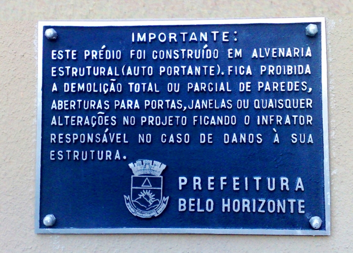 Placa de advertencia